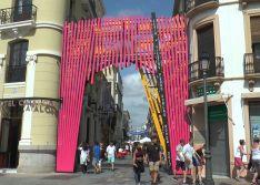 Imagen de la portada de la Feria del Centro, obra de Sergio Sánchez  // CharryTV