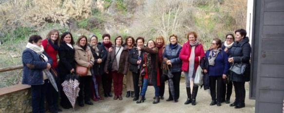 La Asociación de Mujeres Nuevos Azahares de Faraján celebra una década de historia, El colectivo se creó con la intención de organizar viajes…, 03 Oct 2017 - 19:17