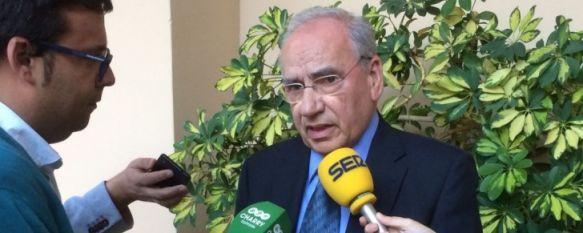 El ex vicepresidente del Gobierno, atendiendo a Charry TV antes de la conferencia inaugural // CharryTV
