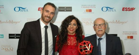 Un residente de Geroclinic recibe el galardón a Mejor Actor en los Premios Nico, Andrés Ucero, de 90 años de edad, ha interpretado un papel…, 14 Dec 2017 - 18:56