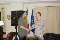 El general Enrique Millán nos atendió en el Cuartel General Multinacional de Bamako // CharryTV