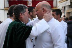 Alfonso García, a la derecha, ha sido sustituido como Hermano Mayor por Diego Sánchez // CharryTV
