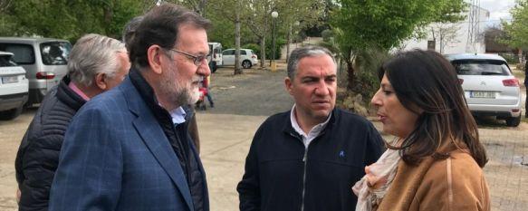 Mariano Rajoy elige Ronda para pasar el puente junto a su familia y Javier Arenas, El presidente del Gobierno ha recibido esta mañana antes de la manifestación al portavoz de la plataforma Autovía Ronda Ya, Pedro Porras, 29 Apr 2018 - 14:31