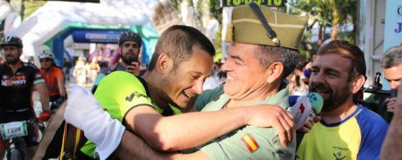 El ganador en marcha individual ha sido recibido en la Alameda por el coronel Ramón Armada  // CharryTV