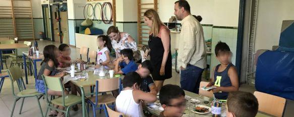 Medio centenar de menores disfrutan de la Escuela de Verano en La Dehesa-El Fuerte, La iniciativa implica la continuidad de la atención alimentaria…, 31 Jul 2018 - 17:18