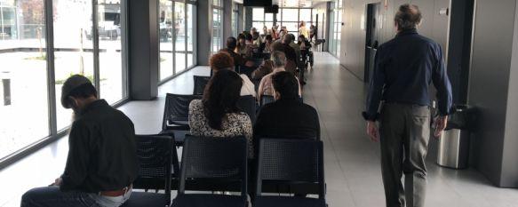 Pacientes por partida doble en Consultas Externas del Hospital Comarcal de Ronda, Los usuarios denuncian un retraso cercano a las tres horas en…, 11 Oct 2018 - 16:07
