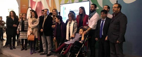 La Junta galardona en Málaga a Asprodisis en los Premios Andalucía Más Social , El proyecto premiado, Asprofácil - Comprendiendo el Mundo, promueve la accesibilidad cognitiva , 19 Dec 2018 - 17:08