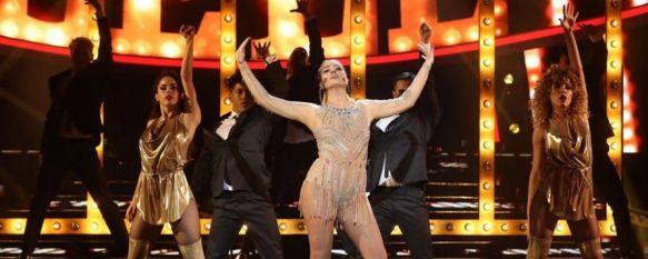 La cantante rondeña trabajó una compleja coreografía para el número de la semifinal del programa. // ATRESMEDIA