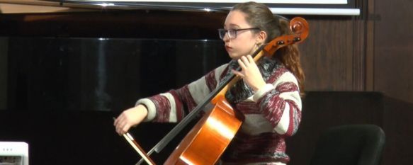 Ana Torralbo superó el pasado septiembre las pruebas de acceso a la Joven Orquesta Sinfónica de Granada. // CharryTV
