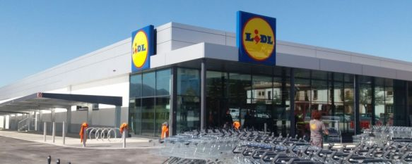 Lidl abre una nueva tienda en Ronda con una inversión de más de 6 millones de euros , A las nueve de la mañana está prevista la apertura del nuevo supermercado que generará 23 nuevos puestos de trabajo para una plantilla de 25 empleados, 03 Apr 2019 - 18:09