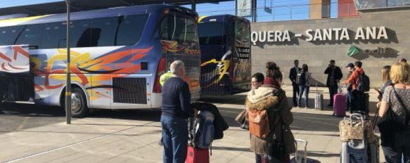 Durante los últimos siete meses los rondeños que viajaban en tren tenían que ir en autobús hasta la estación de Antequera - Santa Ana // CharryTV