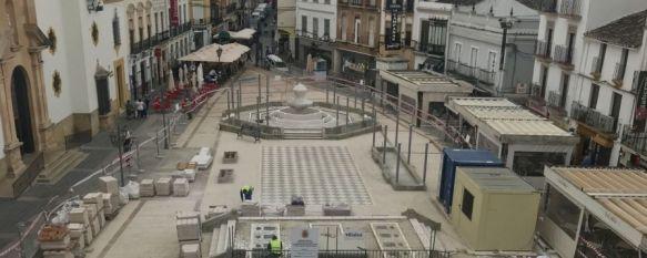 Los comerciantes de la Plaza del Socorro piden mayor celeridad en la ejecución de las obras, El delegado de Obras y Urbanismo, Francisco Márquez, asegura…, 14 May 2019 - 17:15