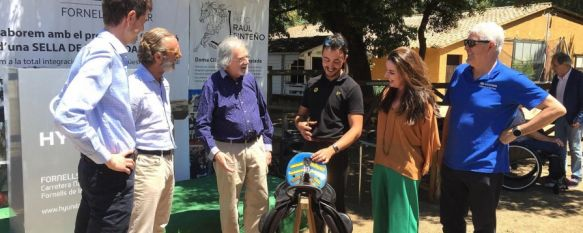 El rondeño Raúl Pinteño impulsa el primer prototipo de silla de doma clásica adaptada