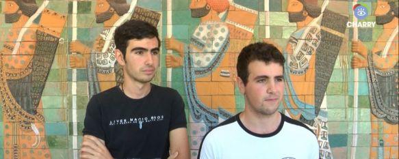 Dos alumnos del Martín Rivero premiados en el XXXIº Certamen de Jóvenes Investigadores, Daniel Montesinos y Adrián Fernández han logrado un segundo premio dotado con 3.000 euros por su proyecto para la construcción de un detector de muones cósmicos, 20 Jun 2019 - 20:12