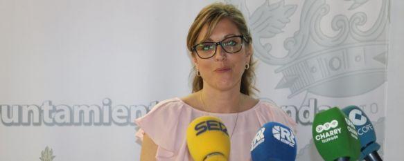 Martínez confirma el aumento de sueldos en el Gobierno local, que costará 370.000€ más al año , El nuevo equipo de Gobierno, que contará con 7 cargos de confianza frente a los 4 anteriores, denuncia la falta de liquidez en las delegaciones de Deportes y Fiestas , 26 Jun 2019 - 16:48