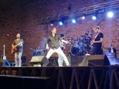 El grupo malagueño Tarifa Plana interpretó sus temas más conocidos incluyendo alguna versión como la de