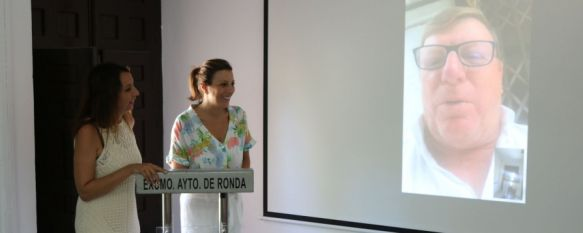 Imagen de la videoconferencia entre César Cadaval y las responsables municipales // CharryTV