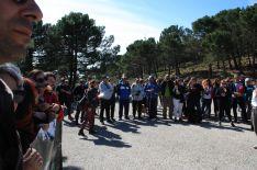 Jiménez entregará en la sede de la Junta de Andalucía 17.500 firmas de vecinos que suscriben la propuesta. // CharryTV
