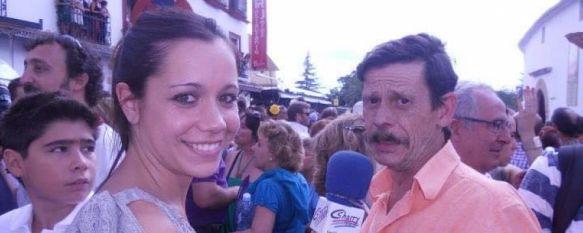 A la derecha Nacho Garay junto a la periodista Maribel Chito. // CharryTV