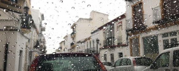 El aviso naranja por lluvias y viento transcurre sin registro de graves incidencias en Ronda, Los servicios de emergencias han sido notificados por el desprendimiento de parte de una fachada en el centro de la ciudad, y por caída de ramas en la carretera de Campillos, 20 Dec 2019 - 11:17