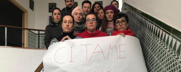 El IES Pérez de Guzmán se une a la campaña de apoyo a un profesor de Córdoba, El docente, de un instituto de Baena, fue citado a declarar ante el juez por los padres de un alumno, tras proyectar en clase un vídeo de Ana Orantes, 20 Dec 2019 - 18:28