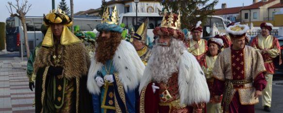 Los Reyes Magos llevan su magia a diversos colectivos sociales de la ciudad, Asociaciones como AROAL, la Unidad de estancia Diurna Catalina Guerrero o la Residencia Parra Grossi han recibido la visita de Sus Majestades de Oriente, 03 Jan 2020 - 17:49