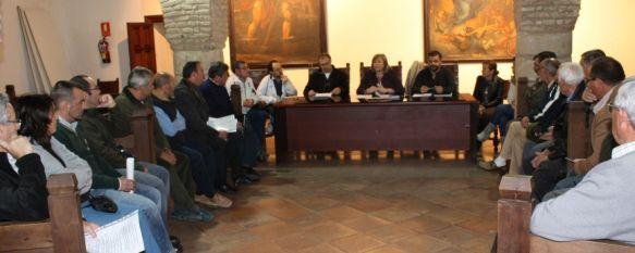 Las barriadas rondeñas plantean sus peticiones al Ayuntamiento, La Federación de Vecinos Arunda pretende actualizar el Reglamento de Participación Ciudadana, 17 Nov 2011 - 20:39