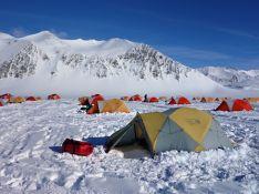 Imagen del campamento del Glaciar Unión, donde las temperaturas rondan los -11ºC. // Juan José Miramón