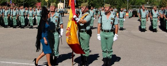 Imagen de la última jura de bandera para personal civil celebrada en el Acuartelamiento de La Legión en Ronda // CharryTV