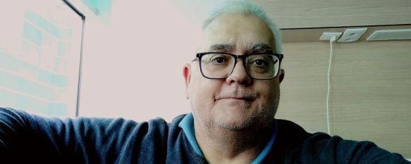 Rivero recomienda no perder el contacto con nuestros conocidos a través de videollamadas para sentirnos acompañados. // CharryTV