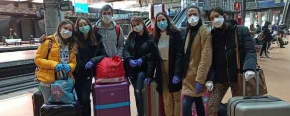 Seis alumnas de Enfermería de Ronda viajan a Madrid para combatir el coronavirus, Las estudiantes y un enfermero trabajarán en el Hospital Juan…, 01 Apr 2020 - 17:53