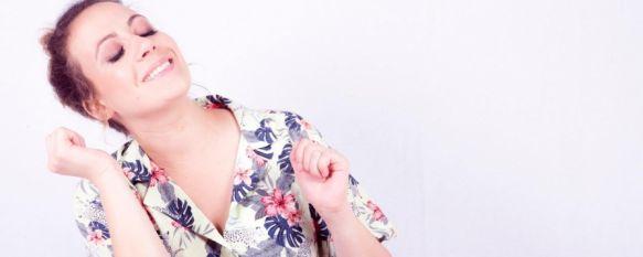 María Villalón triunfa en la red con sus imitaciones de Amaia Montero y Shakira, La artista rondeña ha intercambiado las canciones originales…, 03 Apr 2020 - 18:36