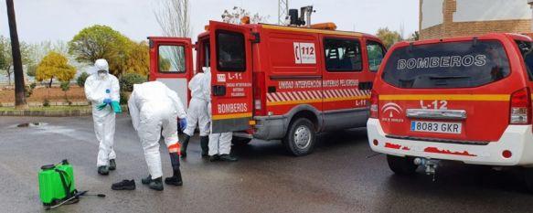 El Consorcio Provincial de Bomberos concluye sus actuaciones en la comarca, Las intervenciones de 40 efectivos se han centrado en baldeos en la calle, desinfección en centros de salud, residencias y cuarteles de la Guardia Civil , 17 Apr 2020 - 18:04
