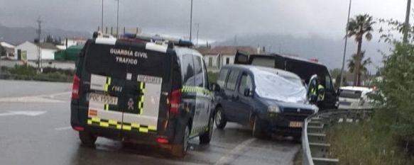 Fallece un hombre de 53 años tras perder el control de su vehículo en la circunvalación, Los hechos han tenido lugar a primera hora de la tarde y el levantamiento del cadáver se ha producido varias horas después , 20 Apr 2020 - 19:20