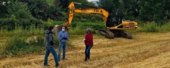 Comienzan los trabajos de mejora en el Guadalevín, afectado por el temporal de 2018, La Consejería de Agricultura ha impulsado la actuación a petición del Consistorio para ensanchar y limpiar el cauce en el puente de la vía entre Ronda y Benaoján, 12 May 2020 - 11:36