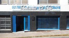 La Tintorería El Tajo abrió sus puertas el pasado 15 de febrero y en menos de un mes tuvo que bajar las persianas // Alberto Salvatierra