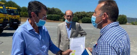 Ronda solicita convertirse en sede administrativa del Parque Nacional Sierra de las Nieves, El delegado de Medio Ambiente ha entregado al delegado provincial…, 22 May 2020 - 18:37
