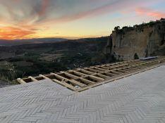 El sendero se ha construido a partir de piedra del Arroyo del Toro, con un pavimento en forma de espiga. // Sergio Valadez