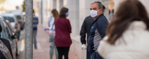 El pasado fin de semana la Policía Local ha tramitado nueve denuncias por el incumplimiento de la obligación del uso de mascarilla. // Pedro Chito