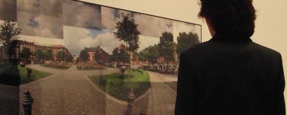 Arancha Ruiz expone sus fotomontajes en la Sala de la Fundación Unicaja, La exposición, que lleva por título