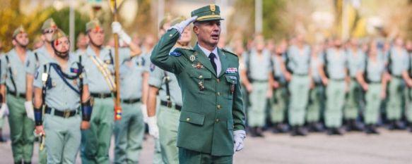 El coronel García-Almenta, en el transcurso de un acto en el Patio de Armas del Acuartelamiento de La Legión en Ronda // Pedro Chito