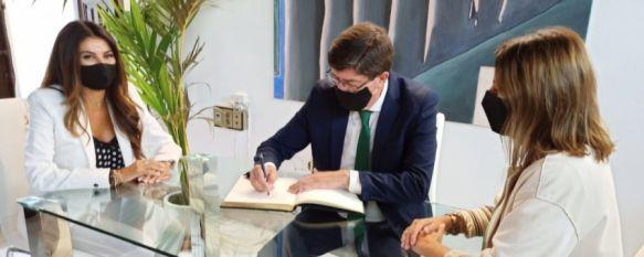 Ronda acogerá a inicios de 2021 un congreso internacional de agencias de viajes, El vicepresidente de la Junta y consejero Juan Marín ha mostrado su disposición al Ayuntamiento para contribuir a la recuperación del turismo en Ronda, 02 Oct 2020 - 17:11