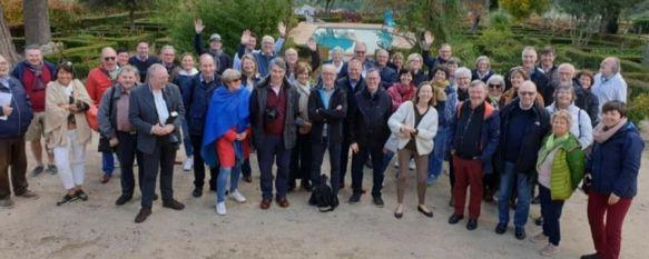 Los miembros del club de cata belga visitaron la Serranía en 2019 para conocer de primera mano los vinos de bodegas de la comarca. // Gema Pérez