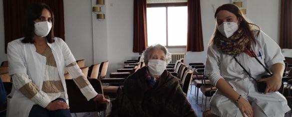 Los casos activos de COVID-19 repuntan a 57 en el Área Sanitaria de la Serranía, Con un posible caso de la cepa procedente de Reino Unido en Ronda, hoy han comenzado las primeras vacunaciones contra el virus en el Hospital y residencias, 30 Dec 2020 - 13:41