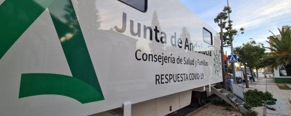 Los vecinos serán convocados por el personal sanitario a través de SMS para acudir a su cita. // Junta de Andalucía
