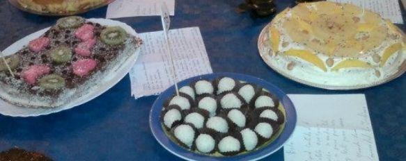 Más de treinta platos participan en el concurso de repostería `Dulce Invierno´, Juan Carlos Hernández, Mª Carmen Gutiérrez y Nayma Jayhi consiguieron los tres premios por sus propuestas culinarias, 19 Dec 2011 - 16:20