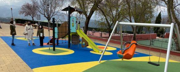 El Parque Sur reabre en La Dehesa con mejoras tras una inversión de 60.000 euros, El proyecto, ejecutado en el marco del Plan AIRE, incluye la construcción de un parque infantil, la ubicación de merenderos así como tareas de pintura y otros arreglos, 26 Feb 2021 - 18:34
