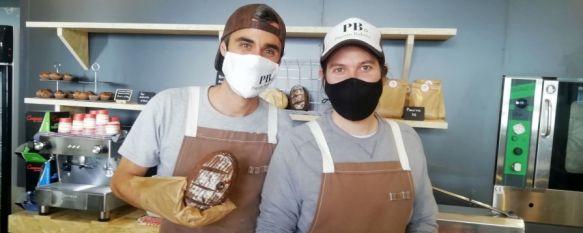 Piquito Bakery abre sus puertas en el Barrio de San Cristóbal, Los rondeños Javier Criado y Juan Antonio Rosado han impulsado este proyecto que ofrece pan y repostería sin gluten elaborados con recetas artesanas, 10 Mar 2021 - 19:46
