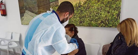 Mañana miércoles se reanudará la vacunación con dosis de AstraZeneca a pacientes de hasta 65 años. // Ayuntamiento de Ronda