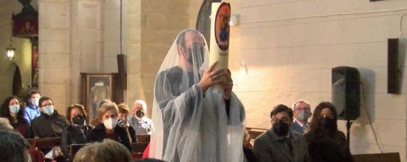 El Hermano Mayor Miguel Becerra protagonizó el acto final que representaba la Resurrección de Cristo. // CharryTV